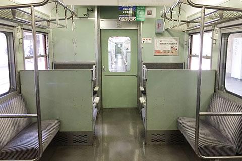 サハ115-1007車端部